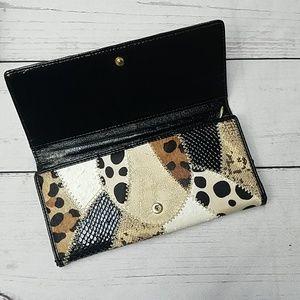 BEBE wallet animal print